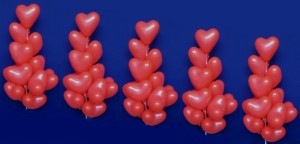 Herzballons bzw. Herzluftballons (Luftballons in Herzform)